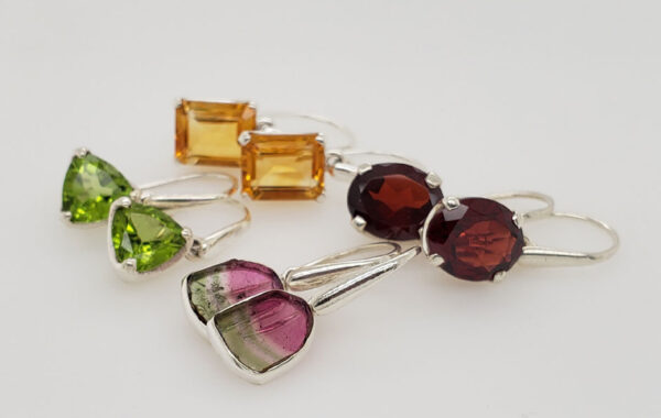 EARRINGS, CLASSIC COLLECTION